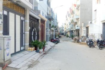 Bán nhà mặt phố ngã tư Nguyễn Ảnh Thủ, Tô Kí, Quận 12