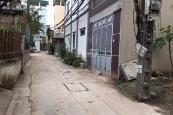 Cần tiền bán gấp nhà 35m2, xây 4 tầng cực đẹp Đông Dư, đường ô tô, LH 0984134497