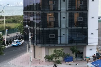 Cho thuê tòa nhà nguyên căn, 5 tầng, mặt biển Phạm Văn Đồng LH 0905074677