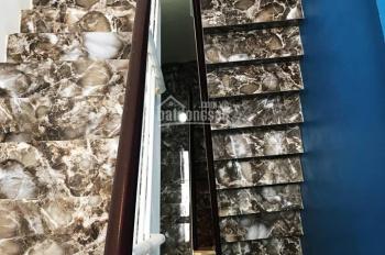 Bán nhà mặt ngõ Nguyên Khiết, Phúc Tân giá rẻ nhất thị trường. LH 0973 135 350
