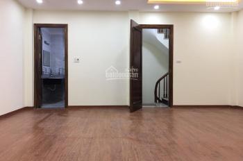 Bán nhà ngõ 95 phố Cự Lộc, phường Nhân Chính, cách ô tô 3 nhà, 4,5 tỷ, LH 0945405315