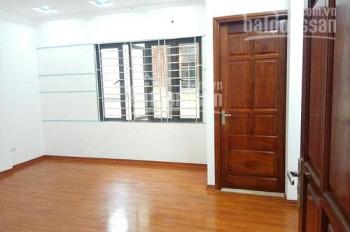 Cho thuê nhà ngõ 95Hoàng Cầu, DT: 90m2 x 4 tầng, MT: 6m, giá: 38tr/th. LH: 0339529298