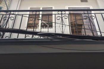 CC cần tiền ra nước ngoài bán gấp căn nhà mới xây đường Bông Sao, Q8, hẻm xe hơi. LH 0969848295