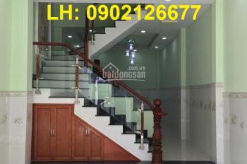Bán nhà phố 3 lầu, giá 5,3 tỷ, đường Lê Văn Thịnh rẽ vào, quận 2. LH: 0902126677