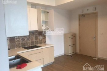 Cho thuê gấp căn hộ 50m, 2 phòng ngủ, ban công Đông Nam, có rèm, bàn làm việc, mặt trước, 4.5 tr/th