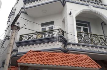 Bán gấp căn nhà 2 mặt tiền, chợ Thủ Đức, DT 80m2, nhà mới dọn ở ngay