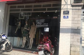 Cần sang gấp shop thời trang, vị trí đẹp, tiện mua bán, khu vực kinh doanh sôi động, cửa hàng xinh