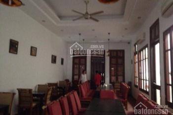 Cho thuê biệt thự mặt phố Hòa Mã, vị trí rất đẹp: 185m2 x 3 tầng, mặt tiền 10m, 3 mặt thoáng