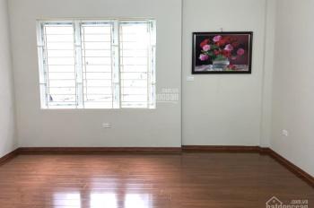 Bán nhà 4 tầng xây mới đẹp, phân lô ngõ 325 Kim Ngưu, Lạc Trung, giá 3,4 tỷ, DT 40m2, ô tô đỗ cổng