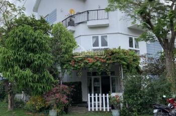 Căn góc 2 mặt tiền 11 x 16m, đầy đủ nội thất mới, hướng Nam, giá bán 9.8 tỷ, 0908 96 97 95
