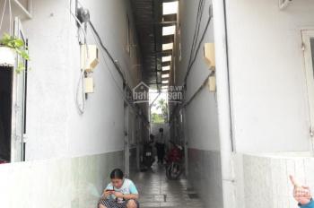 Kẹt tiền bán dãy nhà trọ Phú Hữu, quận 9, liền kề khu công nghệ cao