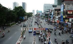 Chính chủ bán nhà mặt phố Nguyễn Phong Sắc, giá 18,2 tỷ. LH 0972766999