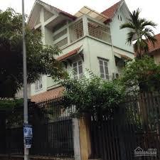 Bán nhà biệt thự khu vip Hồ Tây Lạc Long Quân, giá.12,5ty.LH.0972766999.