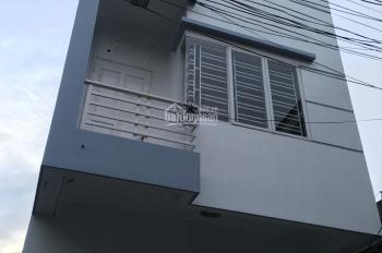 Bán căn nhà mới đẹp, 72.9m2 x 3.5 tầng, đường chợ Hàng, LH: 0931569396