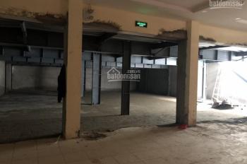 Cho thuê nhà mặt phố Tô Hiệu, Cầu Giấy 300m2 mặt tiền 15m làm showroom, cafe, nhà hàng