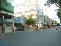 Cho thuê nhà mặt tiền đường Sương Nguyệt Ánh, Quận 1 giá 100tr/th, LH 0909727800 Ms. Kiều