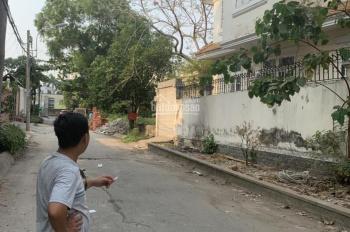 Tôi bán lô đất 80m2 MT hẻm 47 Quốc Hương, Thảo Điền-Q2, đường 12m, dân đông, SHR, 5.6tỷ, 0329523975