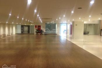 Cho thuê gấp nhà mặt tiền đường Võ Văn Tần, đoạn 2 chiều, DT: 30x50m, trệt, 2 lầu, giá rẻ