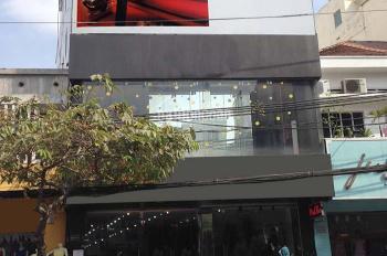 Cho thuê gấp nhà mặt tiền kinh doanh đường Nguyễn Đình Chiểu, Q3 diện tích 12x35m, giá thương lượng