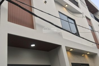 Cần bán gấp nhà mới 3 tầng, kiệt 4m, Phạm Nhữ Tăng, TP Đà Nẵng