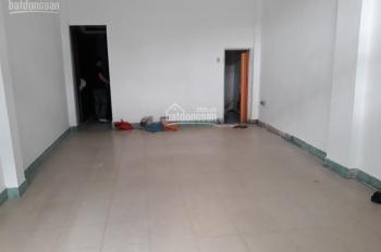 Cho thuê nhà nguyên căn hẻm 105 Tân Sơn Nhì, P. Tân Quý, Q. Tân Phú, khu vực sầm uất, đông đúc