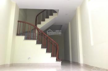 Bán nhà Xóm Ngang, Đại Mỗ, 4 tầng, 35m2, hướng Bắc + Đông, ôtô vào nhà, giá 2.4 tỷ, ô tô đỗ cửa