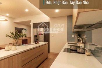 Cần bán gấp căn hộ Thăng Long Number One DT 169m2, 4PN, 3WC, view bể bơi, giá 5,8 tỷ