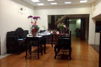 Bán nhà đường Trần Bình Trọng 1 trệt 3 lầu thiết kế đẹp theo kiểu biệt thự mini. LH 0936499968