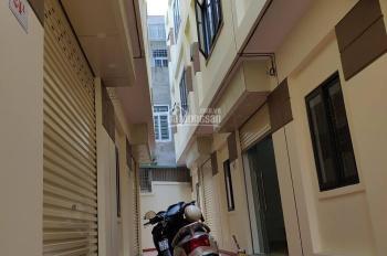 Bán nhà đường Trung Hành, hướng Nam, giá chỉ 1 tỷ 3. Liên hệ em Quang 093456.6354