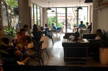 Bán gấp biệt thự có quán cafe sân vườn đường thông Làng Đại Học khu A, giá tốt nhất LH: 0909227199
