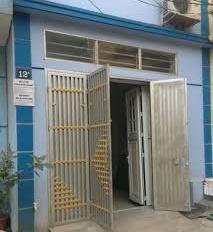 Cho thuê nhà 50m2 x 2 tầng ngõ 82 Nghĩa Tân, 2 phòng ngủ, 7 triệu/th