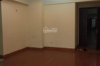 Gia đình cần tiền bán lại căn hộ CC 789 Bộ Quốc Phòng.Giá chỉ 22.5tr/m2. LH 0917 459 411