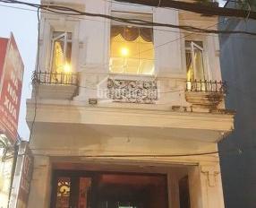 Cho thuê nhà kinh doanh spa, nail phố Trần Xuân Soạn, DT 50m2 x 4 tầng, giá chỉ 45 triệu/tháng
