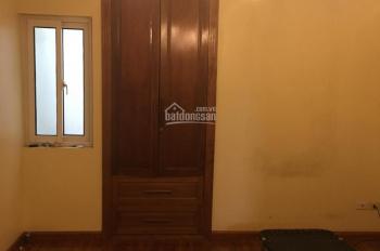 Cho thuê phòng đẹp điều hòa, nóng lạnh, vệ sinh khép kín ở Nguyễn Khang. Giá 2.5tr/th