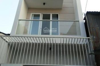 Cho thuê nhà nguyên căn mới xây, nhà 2 lầu và sân thượng