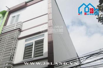 Bán nhà đẹp, giá lại rẻ, ô tô đỗ cửa, nội thất cao cấp đường Trung Hành, Hải An, Hải Phòng