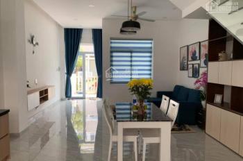 Nhà nguyên căn Mega Village, đầy đủ nội thất cao cấp - 3PN 3WC, có sân đậu ô tô 0908 96 97 95