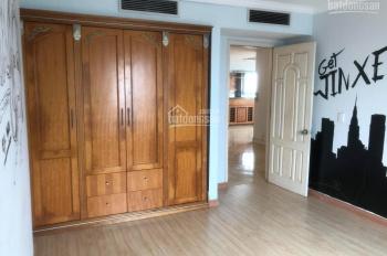 Cần bán gấp căn hộ tòa 101 Láng Hạ, 162.4m2, giá 27tr/m2 (có TL), LH 0913.128.222