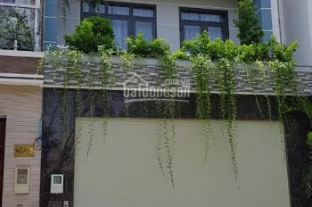 Cần bán gấp căn nhà mặt tiền 10m, Phú Thuận, Savimex, Q7 DT 5x18m, 1T 2 lầu, MT đường 10m, full NT