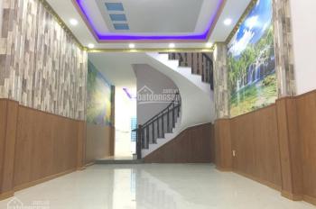 Bán nhà 2 lầu diện tích 4m x 20m tại Bà Điểm, Hóc Môn