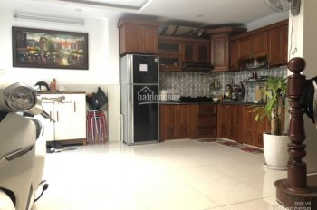 Chính chủ cần bán gấp căn nhà 393 Lê Hồng Phong, DT 6x6m, trệt + 3 lầu, nhà mới, tặng nội thất