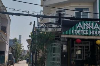 Bán nhà hai mặt tiền 4 tấm đang kinh doanh quán cà phê đông khách