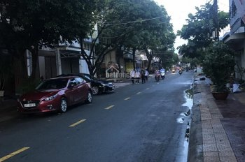 Bán nhà mặt tiền đường 2, cách Đỗ Xuân Hợp 40m, Phường Phước Bình, DT 6 x 21.8m