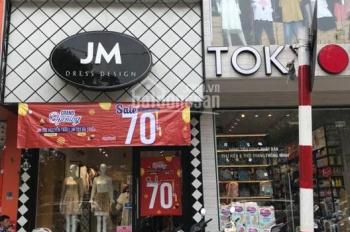 Cho thuê cửa hàng mặt phố vị trí cực đẹp Trần Quốc Toản, diện tích 25m2, MT 4.5m