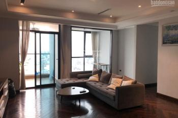 Chính chủ cần bán chung cư 161m2 Vincom Bà Triệu, nội thất cao cấp, có thể vào ở ngay. 0906.210.126