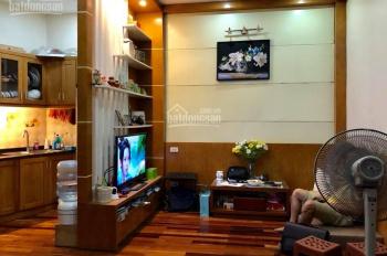 Bán nhà mặt phố Ngọc Lâm, 50m2, 5 tầng kinh doanh sầm uất, lô góc, 7.6 tỷ, LH 0888473689