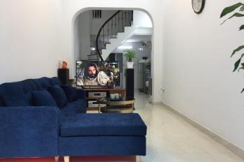 Chính chủ bán nhà sổ đỏ chính chủ phường Hoàng Văn Thụ, Hoàng Mai, giá 2,4 tỷ, liên hệ 0904695104