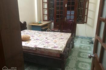Cho thuê nhà 4 tầng 4 phòng ngủ tại ngõ 189 Nguyễn Ngọc Vũ, diện tích 45m2 x 4 tầng, giá 10 tr/th