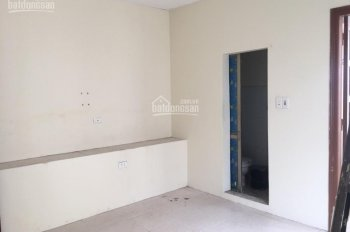 Chính chủ cho thuê nhà ngõ An Sơn, phố Đại La, nhà 3 tầng, diện tích 56m2. LH 0968418881