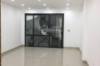 Cho thuê mặt bằng kinh doanh phố Triều Khúc, Thanh Xuân, Hà Nội. LH: Chị Thu 0944828386